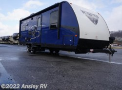 New 2017  Winnebago Minnie 2500RL by Winnebago from Ansley RV in Duncansville, PA