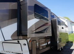 Used 2015  Keystone Cougar 337FLS by Keystone from Ansley RV in Duncansville, PA