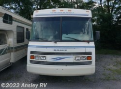 Used 1995  Winnebago Brave 31RQ by Winnebago from Ansley RV in Duncansville, PA