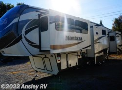 Used 2016  Keystone Montana 3710FL by Keystone from Ansley RV in Duncansville, PA