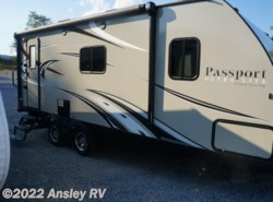 Used 2015  Keystone Passport Ultra Lite Grand Touring 2200RB by Keystone from Ansley RV in Duncansville, PA