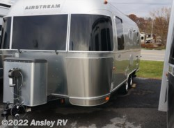 Used 2015  Airstream Flying Cloud 23FB by Airstream from Ansley RV in Duncansville, PA