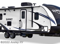 New 2019 CrossRoads Sunset Trail Super Lite SS289QB available in Duncansville, Pennsylvania