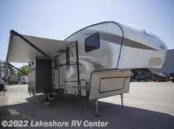 New 2018  Keystone Cougar XLite 28RKS by Keystone from Lakeshore RV Center in Muskegon, MI