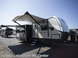 New 2018  Keystone Cougar Half Ton 34TSB by Keystone from Lakeshore RV Center in Muskegon, MI