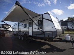 New 2018  Starcraft Launch Outfitter 27BHU by Starcraft from Lakeshore RV Center in Muskegon, MI