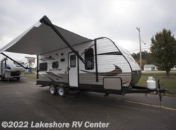 New 2018  Starcraft Autumn Ridge Outfitter 21FB by Starcraft from Lakeshore RV Center in Muskegon, MI