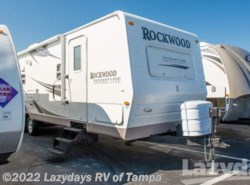 Used 2009  Forest River Rockwood Signature 8314SS by Forest River from Lazydays in Seffner, FL