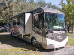 Used 2014  Itasca Meridian 42E by Itasca from Lazydays in Seffner, FL
