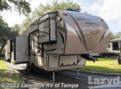 Used 2017  Forest River Rockwood Ultra-Lite 8289WS by Forest River from Lazydays in Seffner, FL
