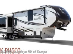 Used 2015  Grand Design Solitude 320X by Grand Design from Lazydays RV in Seffner, FL