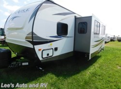 New 2018  Palomino Solaire 267BHSK by Palomino from Lee's Auto and RV Ranch in Ellington, CT