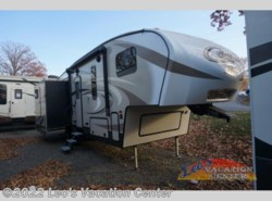 New 2017  Keystone Cougar X-Lite 28SGS by Keystone from Leo's Vacation Center in Gambrills, MD