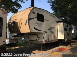 Used 2016  Forest River Flagstaff Classic Super Lite 8528RLIKWS by Forest River from Leo's Vacation Center in Gambrills, MD