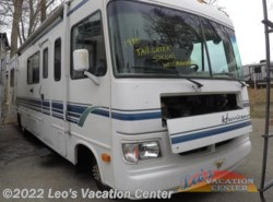 Used 1998  Four Winds International Hurricane 30 FORD