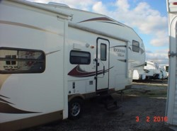 Used 2012  Forest River Rockwood Signature Ultra Lite 8281SS