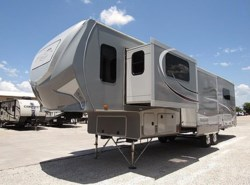 Used 2015 Open Range Open Range ROAMER 346FLR available in Sanger, Texas