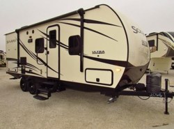Used 2016  Palomino Solaire 226RBLS by Palomino from McClain's Longhorn RV in Sanger, TX
