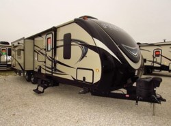 Used 2016  Keystone Bullet 30RIPR by Keystone from McClain's Longhorn RV in Sanger, TX