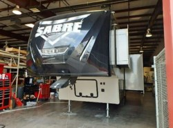 Used 2016  Palomino Sabre 25RL by Palomino from McClain's RV Fort Worth in Fort Worth, TX