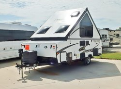 Used 2015  Forest River Flagstaff 19QBHW by Forest River from McClain's RV Fort Worth in Fort Worth, TX