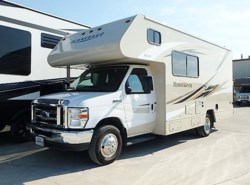 Used 2018  Winnebago Minnie Winnie 22R by Winnebago from McClain's RV Fort Worth in Fort Worth, TX