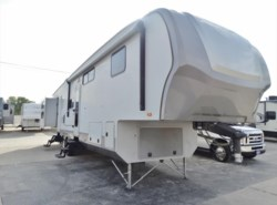 Used 2012 Open Range Open Range ROAMER 392BHS available in Corinth, Texas