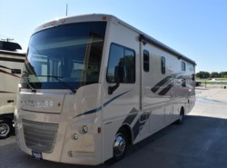 New 2018  Winnebago Vista 27PE by Winnebago from McClain's RV Superstore in Corinth, TX
