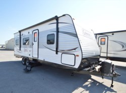 Used 2016  Fleetwood Colonial 250TQ by Fleetwood from McClain's RV Oklahoma City in Oklahoma City, OK