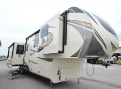 New 2018  Grand Design Solitude 384GK by Grand Design from McClain's RV Oklahoma City in Oklahoma City, OK