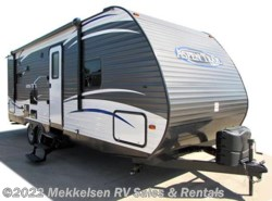Used 2017  Dutchmen Aspen Trail 2750BHS by Dutchmen from Mekkelsen RV Sales & Rentals in East Montpelier, VT