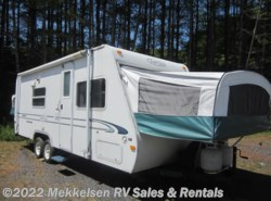 Used 2001  R-Vision Trail-Lite M235 by R-Vision from Mekkelsen RV Sales & Rentals in East Montpelier, VT