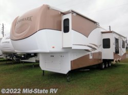 Used 2005  Heartland RV Landmark Monticello by Heartland RV from Mid-State RV Center in Byron, GA