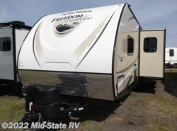 New 2017  Coachmen Freedom Express 281RLDS by Coachmen from Mid-State RV Center in Byron, GA