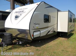 New 2018  Coachmen Freedom Express 28.1SE by Coachmen from Mid-State RV Center in Byron, GA
