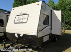 New 2018  Coachmen Clipper Ultra-Lite 17BHS by Coachmen from Mid-State RV Center in Byron, GA