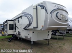 New 2019  Palomino Columbus 383-FB by Palomino from Mid-State RV in Byron, GA