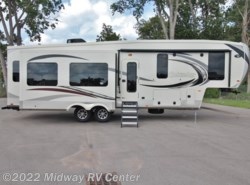New 2018  Palomino Columbus  320RS by Palomino from Midway RV Center in Grand Rapids, MI