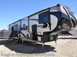 New 2017  Heartland RV Road Warrior RW427 3 A/Cs, Rear Awning, 4 TV & King Bed by Heartland RV from Motor Home Specialist in Alvarado, TX