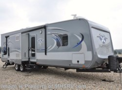 Used 2016  Highland Ridge Highlander 31RGR Toy Hauler W/2 Slides by Highland Ridge from Motor Home Specialist in Alvarado, TX