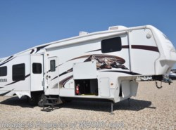 Used 2009  Keystone Montana WITH 4 SLIDES by Keystone from Motor Home Specialist in Alvarado, TX