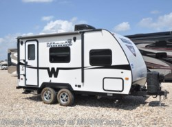 Used 2014  Winnebago Minnie 1801FB W/ Power Patio Awning by Winnebago from Motor Home Specialist in Alvarado, TX