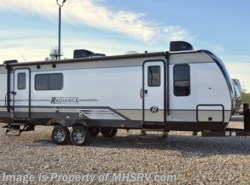 New 2018  Cruiser RV Radiance Ultra-Lite 25RK RV for Sale @ MHSRV W/2 A/C, King by Cruiser RV from Motor Home Specialist in Alvarado, TX