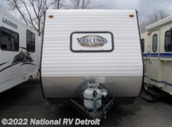 Used 2015  Coachmen Viking 17FQ by Coachmen from National RV Detroit in Belleville, MI