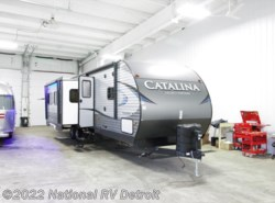 New 2018  Coachmen Catalina Legacy Edition 313DBDS CK by Coachmen from National RV Detroit in Belleville, MI