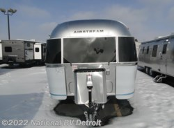 New 2018  Airstream  Airstream Globetrotter 27FB by Airstream from National RV Detroit in Belleville, MI