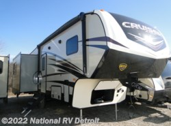 New 2018 CrossRoads Cruiser Aire 28RL available in Belleville, Michigan