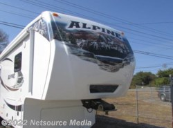 Used 2011  Keystone Alpine 3555RL by Keystone from Northgate RV Center in Louisville, TN