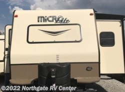 Used 2016  Forest River Flagstaff Micro Lite 25FKS by Forest River from Northgate RV Center in Ringgold, GA