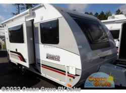 New 2019 Lance  Lance Travel Trailers 1475 available in St. Augustine, Florida